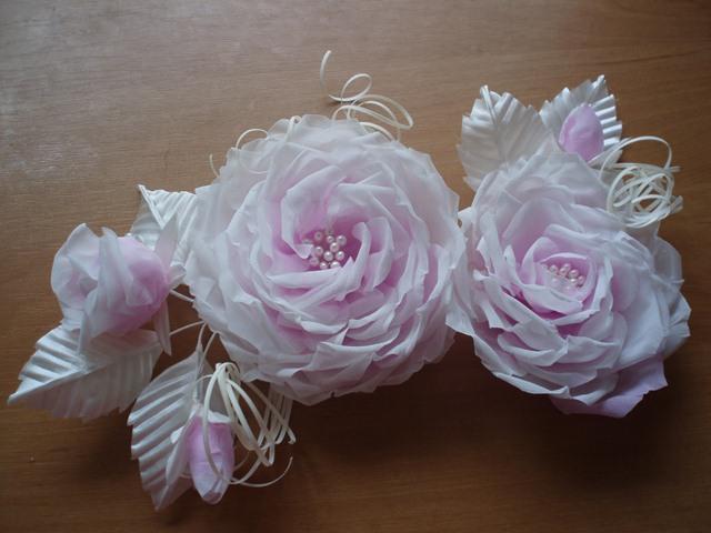 Ветка,цветы из ткани.